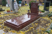 1-vanga-pomnik-kvetina_source