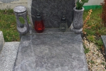 07-orion-pomnik-ruze-nelestena_source
