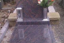 urnovy-hrob-gneiss